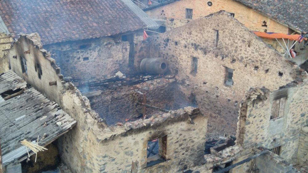 Cao Bằng: Bắt đối tượng đốt nhà hàng xóm